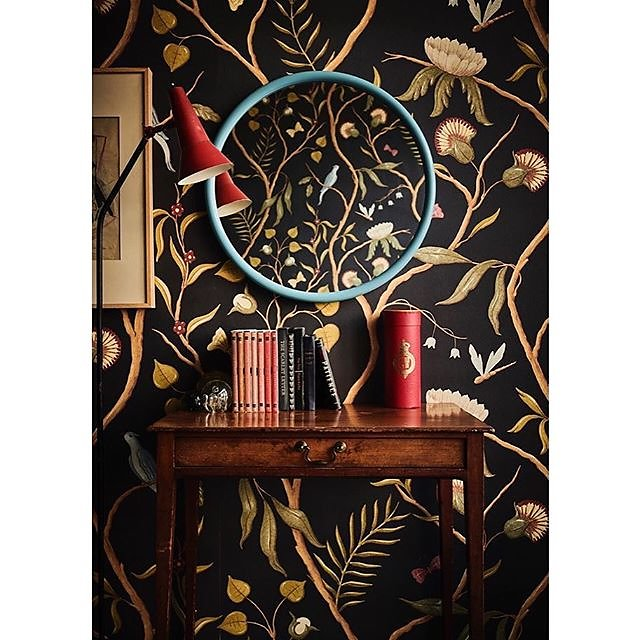 New work for @reidandwright of there eye-catching chalky blue Orb mirror and @lewisandwood Adam's Eden Ebony wallpaper - a match made in heaven I'd say www.reidandwright.london #bespokemirrors #roundmirrors #madeinlondon .